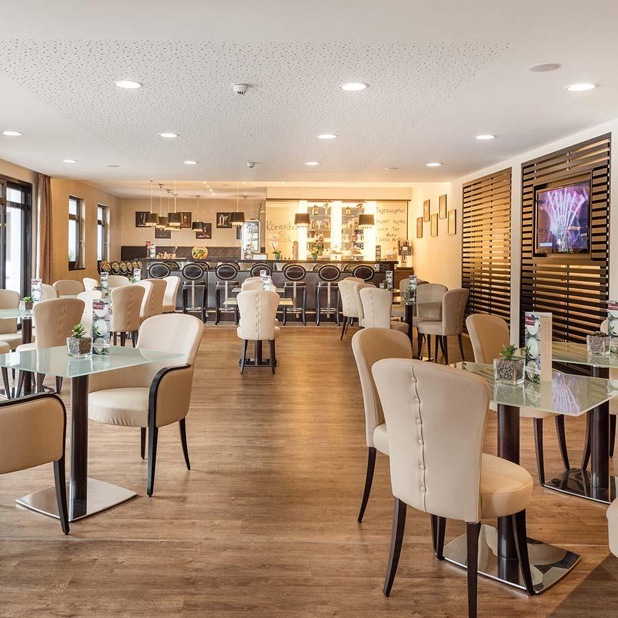 Umgestaltung der Hotelbar