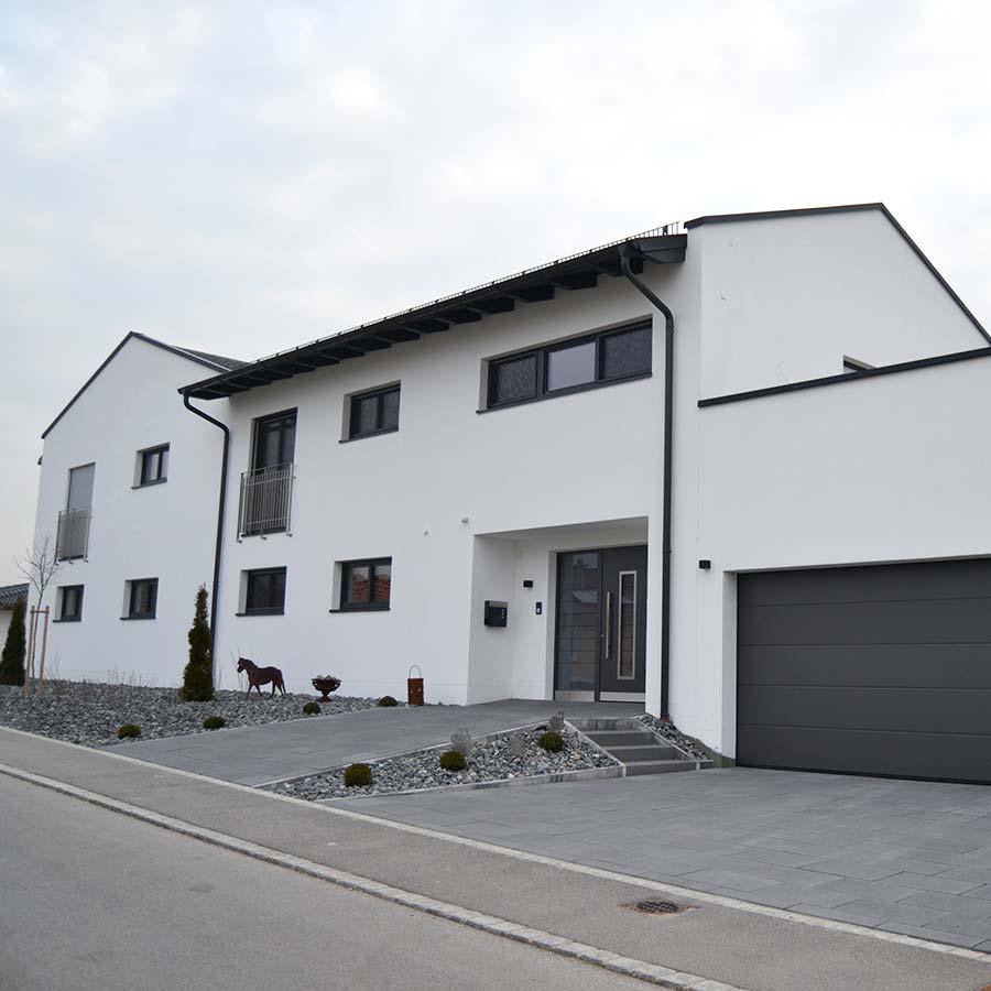 Neubau eines Eigenheims mit Praxisräumen